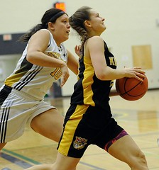 Alley Corrado Drives to basket (photo supplied)