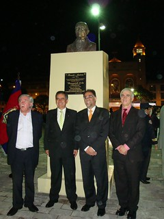 Inauguración Plaza Benito Juárez en Quito