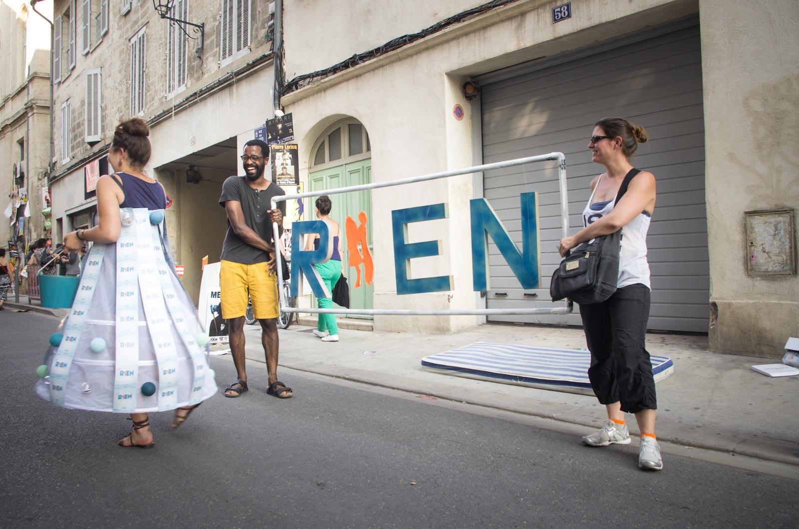 Festival d'Avignon - Rien, un spectale comique