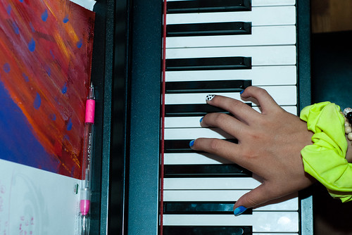 The colours of her piano moment - #227/365 by PJMixer