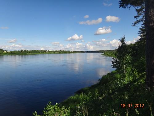 riverbank raja pello gränsen torniojoki rivertornio kahvilaravintolagranni polardreamskyvihreäpysäkki vihreäpysäkki