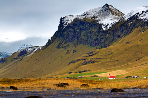 travel autumn mountain church canon iceland cloudy sigma overcast chapel vik 7d 70200mm southerniceland