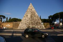 Piramide Cestia - Ostiense