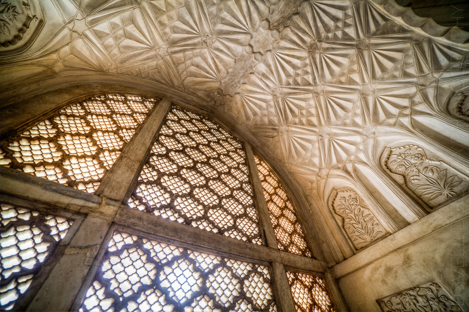 Bibi Ka Maqbara - The Marbled Screen and Ceiling