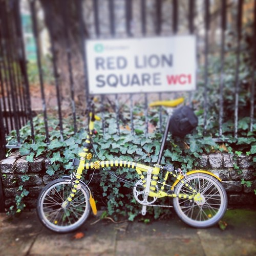 LCC Lion Tour #urban #lions #instagram #iphone5c #london #lcc #brompton #bromptonlife #bromptonbicycle