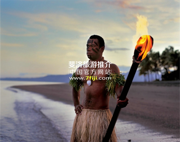 斐济威斯汀水疗度假酒店的斐济战士