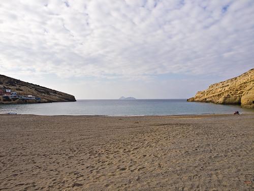 travelling beach clouds strand landscape bay reisen mediterranean day cloudy tag kreta wolken greece crete griechenland landschaft bucht mittelmeer mátala olympuse5 schreibtnix