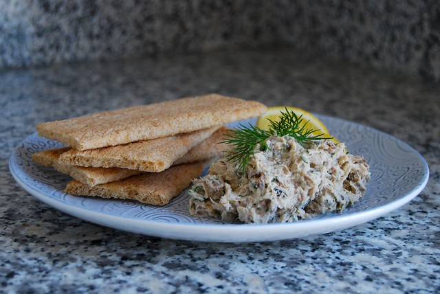 5 Minute Skinny Smoked Mackerel Pâté #mackerel #fish #pate #healthy #lowfat #lunch #healthylunch #healthy