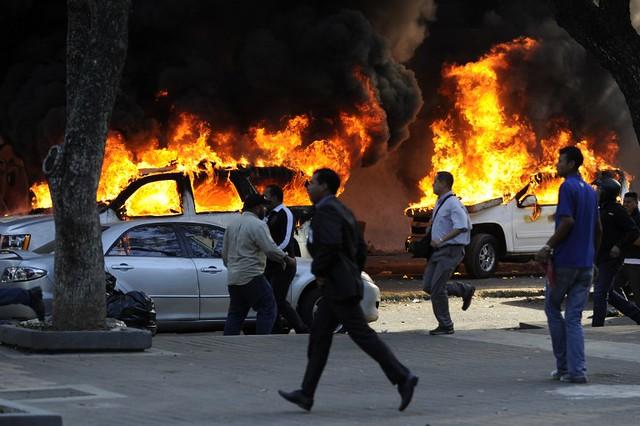 TOPSHOTS-VENEZUELA-DEMO-VIOLENCE