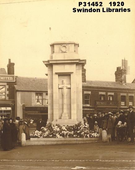 1920: Swindon Cenotaph, Regent Circus