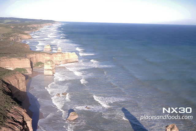 12 apostles helicopter view