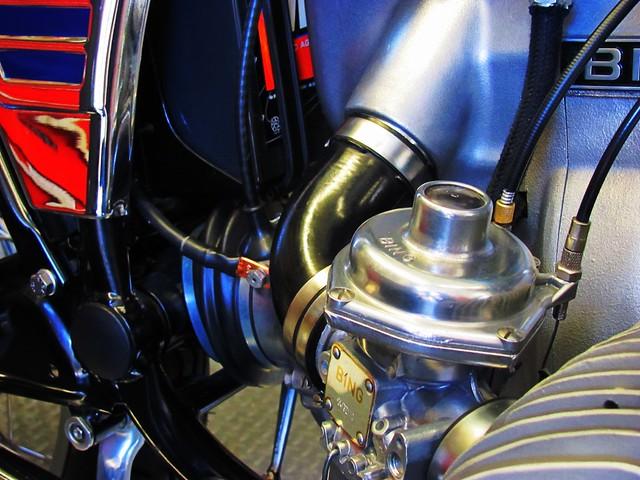 Right Carburetor