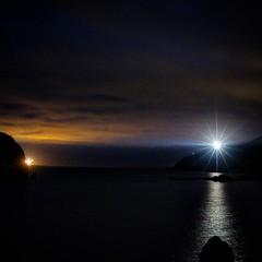 Faro del cabo Machicaco,  Bermeo.  #igersbizkaia #lighthunting #alpha7mii #nights #friends #oiaamaeuskadi