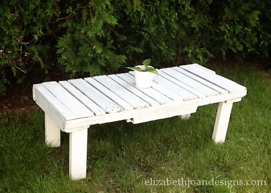 Pallet table 13