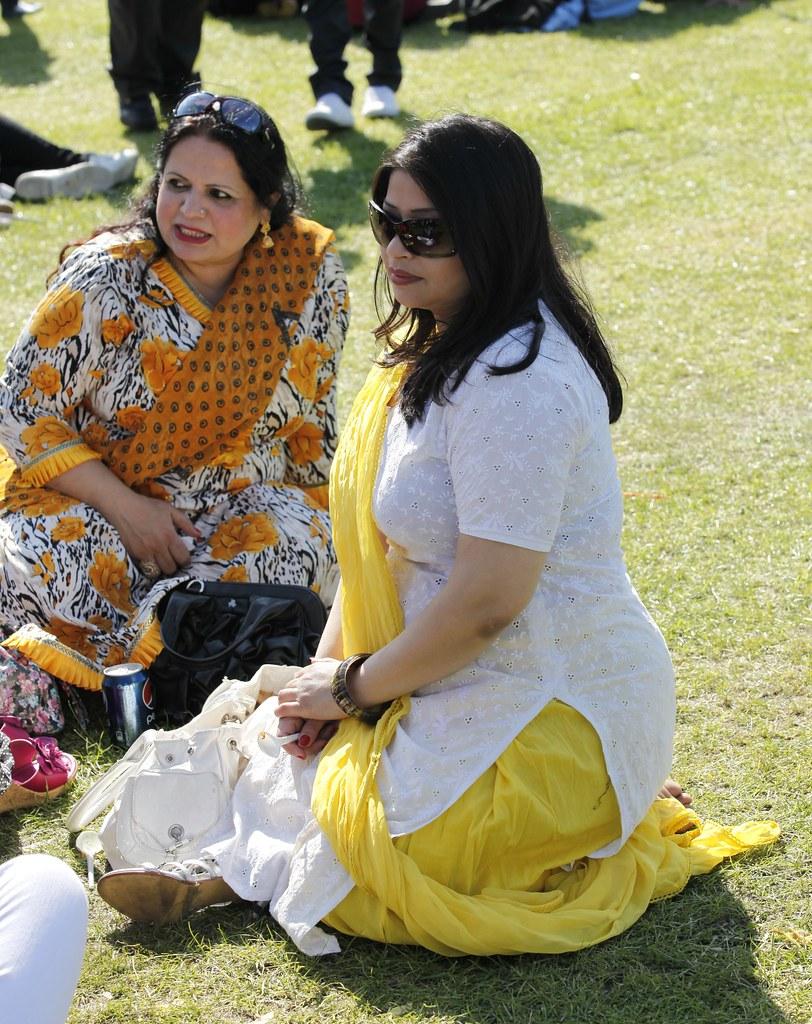Lahori aunty