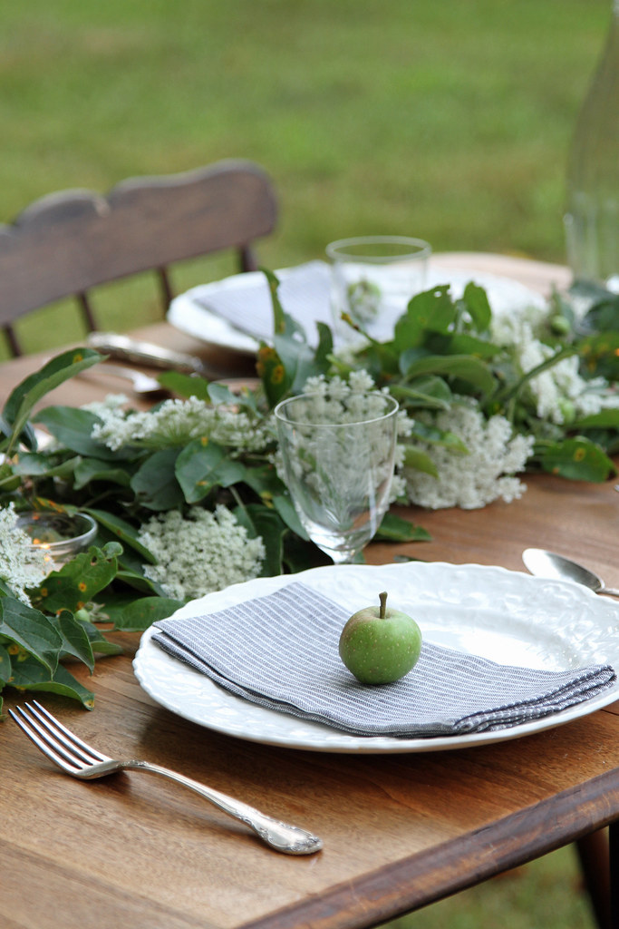 place setting on diagonal-erin boyle for gardenista