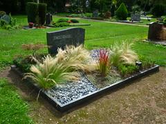 Familiengrab Schneider