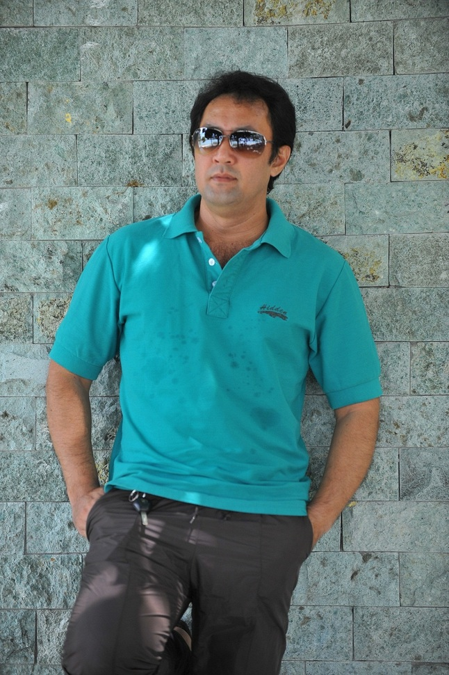 Roy Azman sebagai Chef Kamus