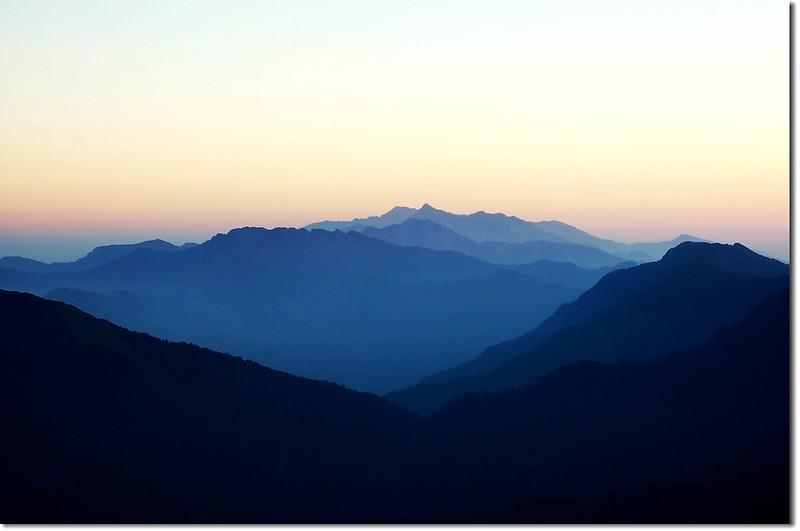 中央尖山(奇萊南峰北眺) 2