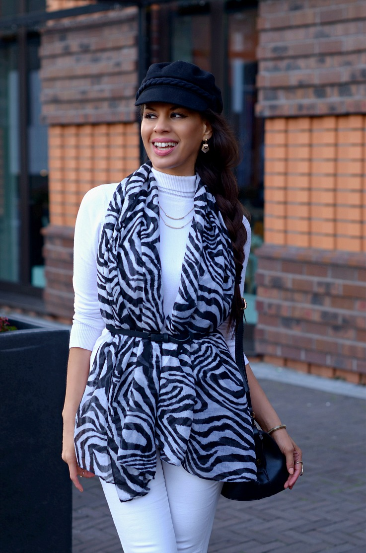 DSC_9250 zebra printed scarf resize