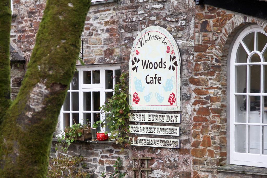 Woods-Cafe