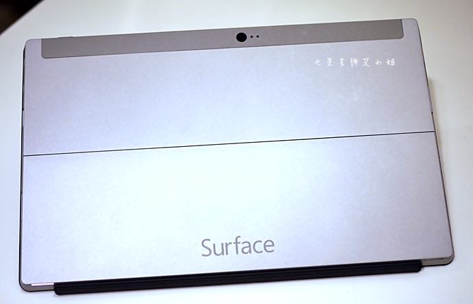 2-2 Surface 2