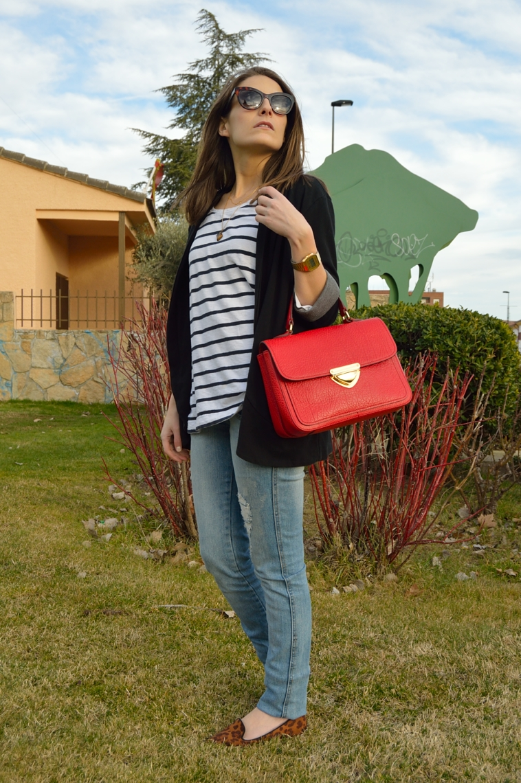 lara-vazquez-madlula-blog-stripes-leopard-red-bag