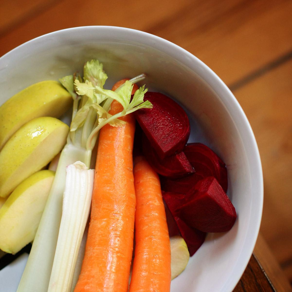 Licuado de manzana apio zanahoria y remolacha - Ensalada de apio y zanahoria ...