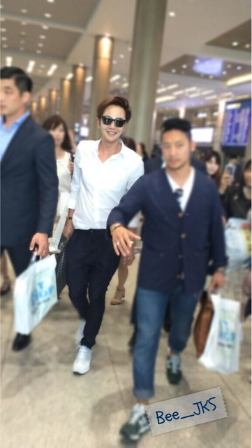 [Pics-2] JKS returned from Beijing to Seoul_20140427 14012023036_45b4c4f154_z