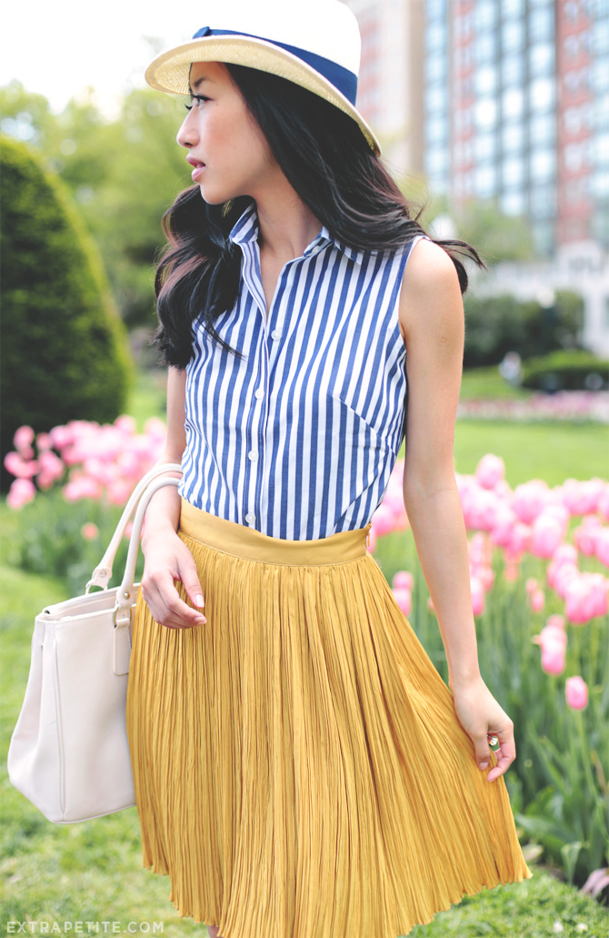 blue stripes yellow pleats3