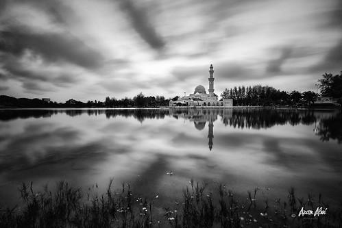 longexposure reflection landscape blackwhite mosque slowshutter terengganu masjidtengkutengahzaharah