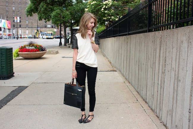 chelsea+lane+zipped+blog+minneapolis+fashion+style+blogger+jcrew+tweed+tee+justfab+signature+skinny+zipper+leona+sandals+kate+spade+saturday+inside+out+tote5