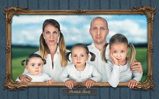 The Photoholic Family