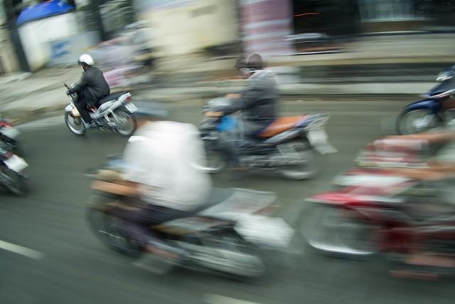 Motorbike Madness, Fujifilm X-Pro1, XF18mmF2 R