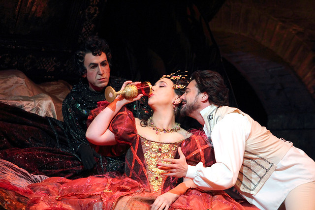 Christine Rice, Vittorio Grigòlo, Vincent Ordonneau in Schlesinger's Les Contes d'Hoffmann, The Royal Opera © 2016 ROH. Photograph by Catherine Ashmore