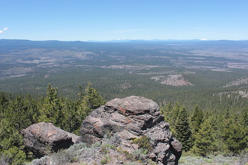 christmas rock oregon forest fort hiking central fremont national valley winema wsweekly39