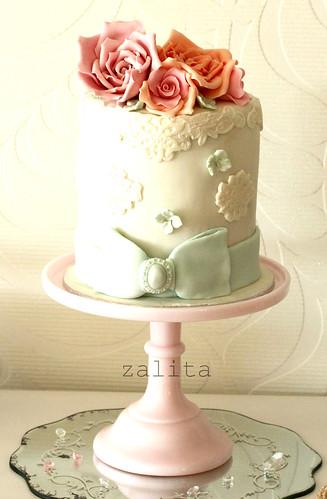 floral mini cake by {zalita}