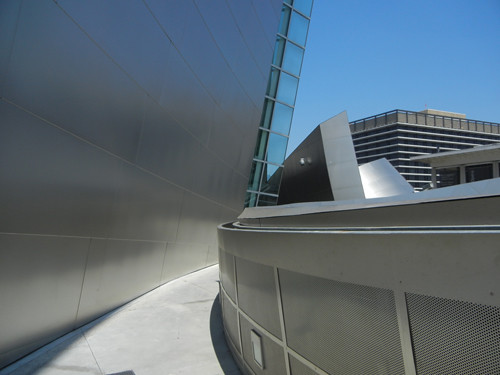 DSCN8606 _ Exterior Detail, Walt Disney Concert Hall, Los Angeles, July 2013