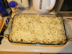Spaghetti dish - layer of mild white cheddar
