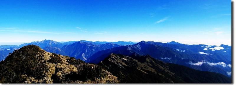 關山頂展望(北至東) 1