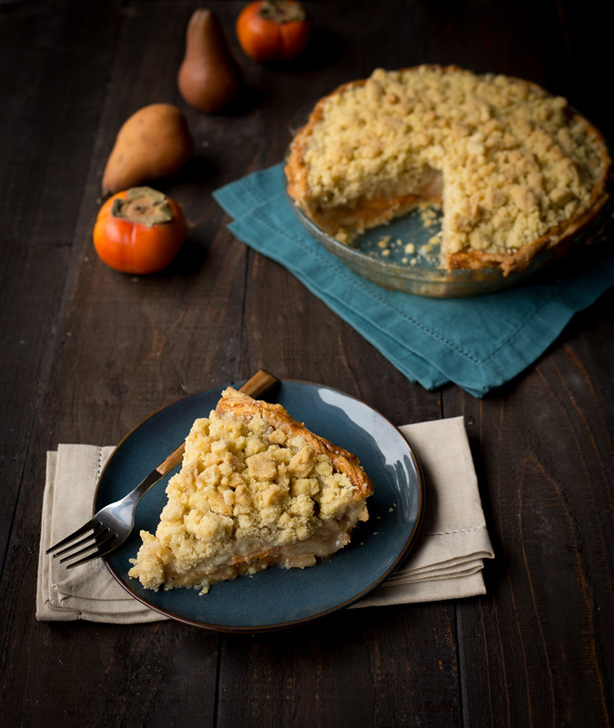 Persimmon and Pear Brandy Pie with Vanilla Bean Crumble www.pineappleandcoconut.com #pieweek