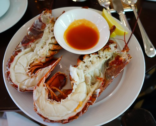 Maine Lobster - Bar & Billiard Room, Raffles Hotel