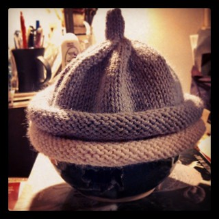 A pair of quick and simple #babyhats for Miss Quinn. And look, she can even layer them together if it's super cold! :) #knitstagram #handknit #knitting #baby