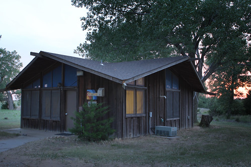 Sundowner Lodge