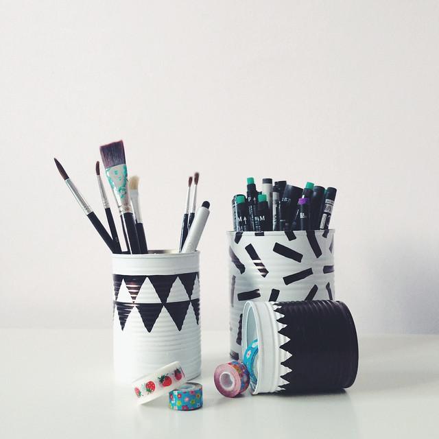 Little Birds Blog: Tin Can as Pencil Holder DIY