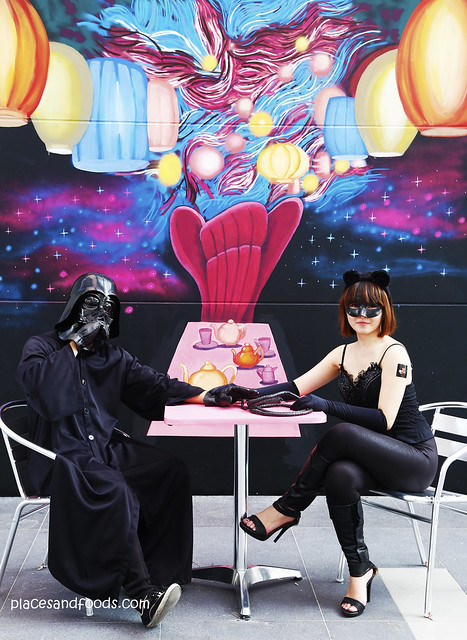atmosphere darth vader with catwoman