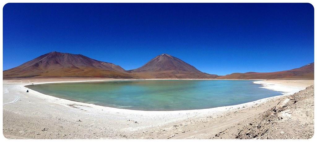 11 Bolivia laguna verde