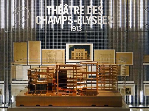 L'exposition Auguste Perret (Conseil économique, social et environnemental, Paris)