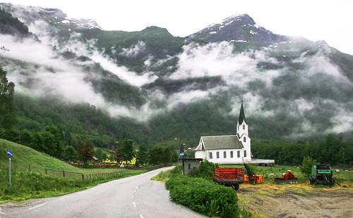 Heavenly Clouds, Norway
