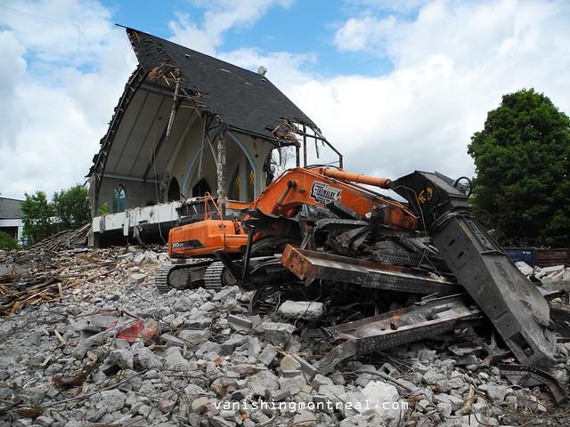 Eglise Notre-Dame-de-la-Paix demolition 6/06/14 19